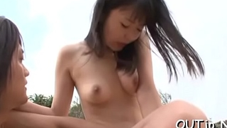 This mature slut likes to give blowjobs in the outdoors