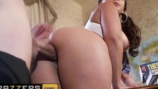 Big Tits at School - (Liza Del Sierra, Danny D) - Professors Got the Moves - Brazzers