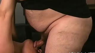 Older loves bizarre bondage scenes to stimulate her cunt