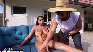BANGBROS - Thicc Black Pornstar Katt Garcia Fucks Her Gardener By The Pool