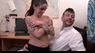 REIFE SWINGER - Swinger splurge in FFM threesome with tattooed German sluts in their 40s