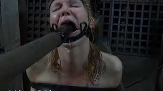 Masked beauty with exposed cum-hole receives wild spanking